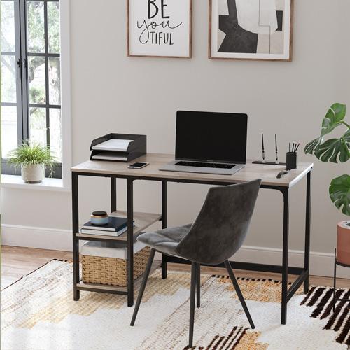 Scegli la scrivania che più si adatta a te tra le tante soluzioni di scrivanie da ufficio o studio.